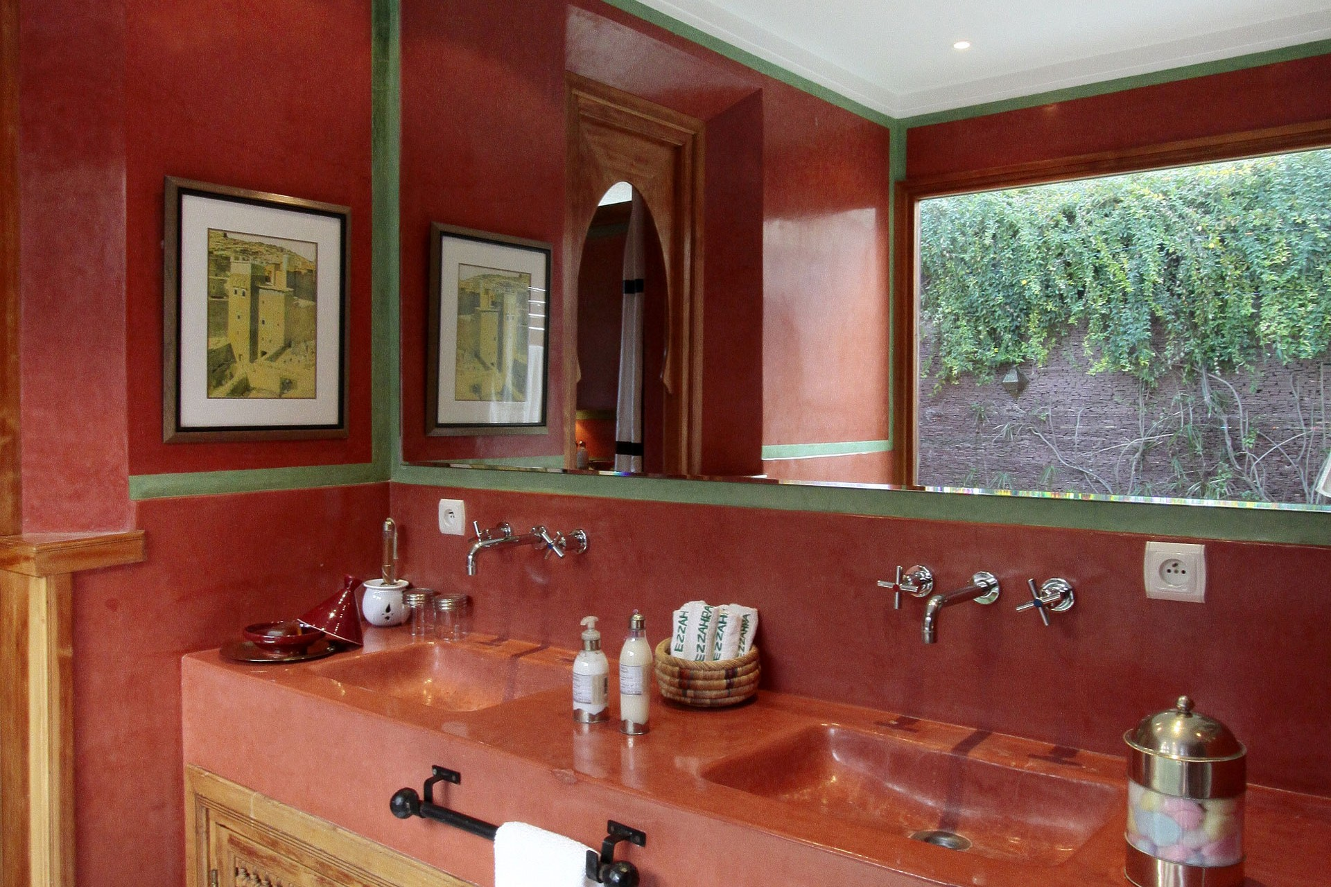 gallery-pavilion_bathroom