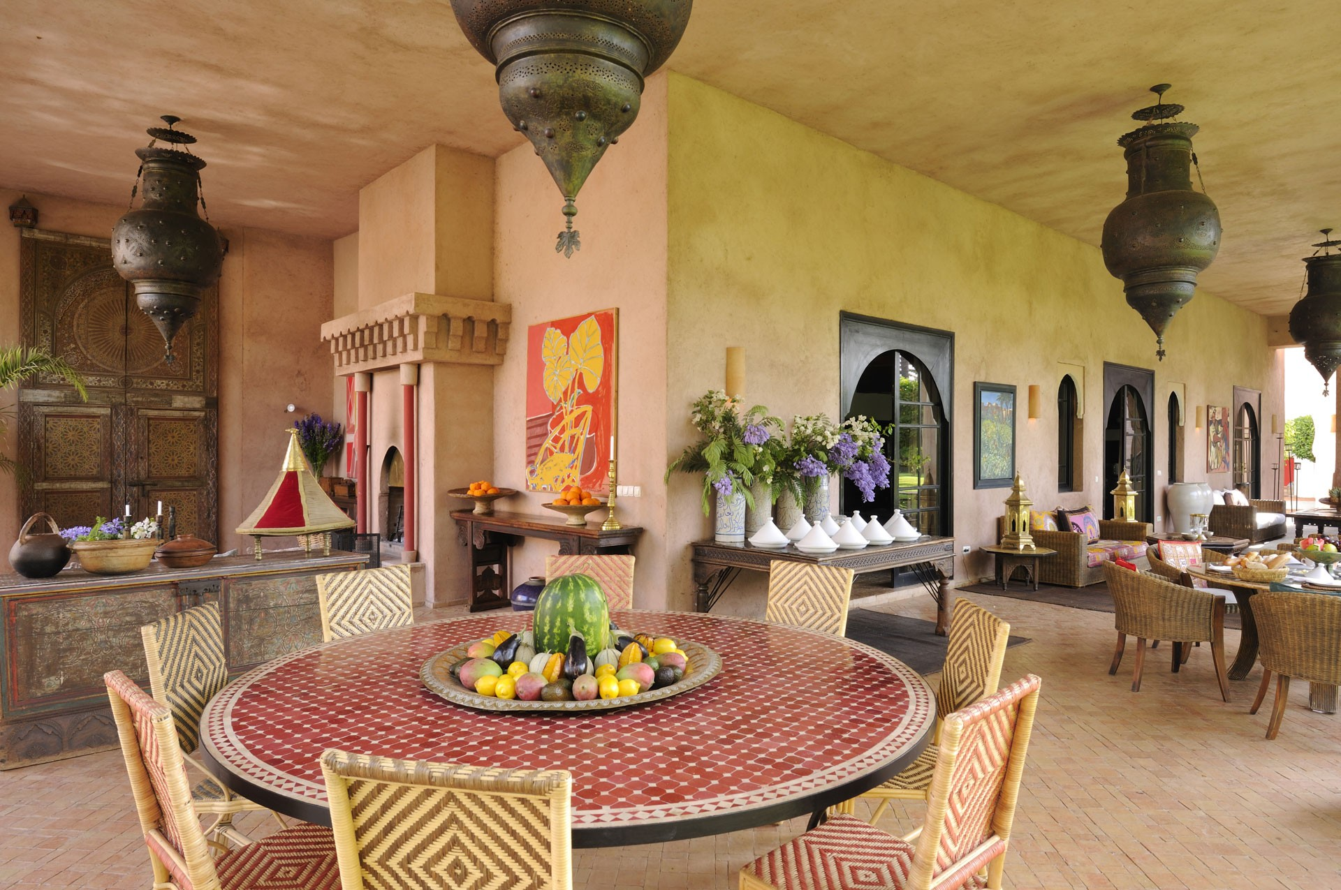 gallery-ezzahra-outside-dining-area